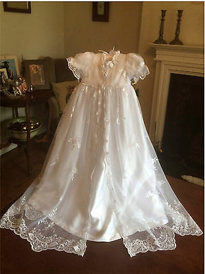 NEW GIRLS TRADITIONAL WHITE BAPTISM GOWN DRESS+ BONNET+ FREE BOX 3 6 9 12 15 18m