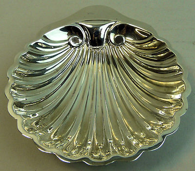 George V Antique Silver Shell Butter Dish Sheffield 1913 61 Grams