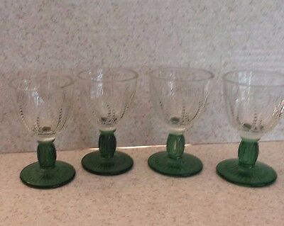 VINTAGE CLEAR AND FOREST GREEN GLASS STEMWARE Wine Goblets CORDIALS Set of 4
