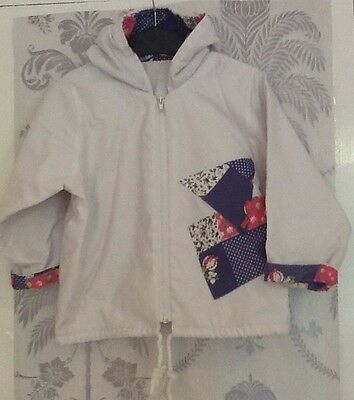 Girls Vintage White Pattern Coat In Age 2-3 Years Old
