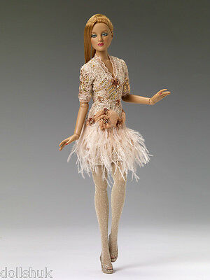 T13FMOF02 Enticing - Outfit Tonner OUTFIT 2013 THINK GIFT GIVING! MINT RETIRED
