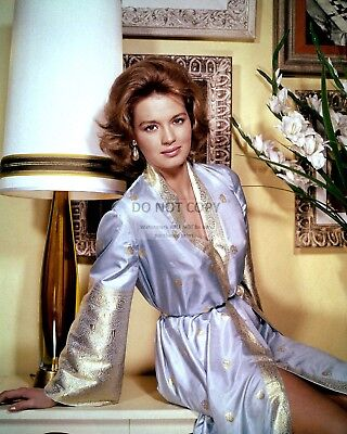 Actress Angie Dickinson - 8X10 Early Publicity Photo (Ee-109)