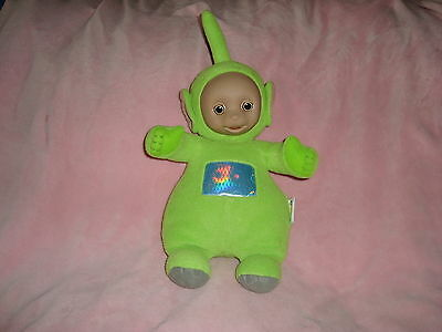 Green Teletubbies dipsy 2002 Ragdoll Imported by Toys R Us Talking 17""
