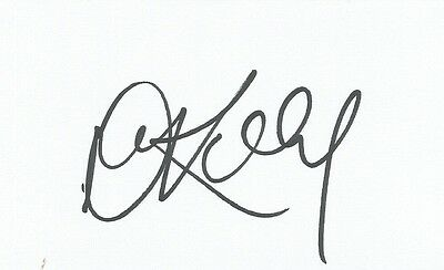 A 5 x 3 inch white card. Personally signed by Dean Kiely of Norwich City.