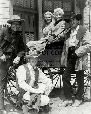 """""""the Big Valley"""" Cast From The Abc Western Series  8X10 Publicity Photo (Da-711)"""