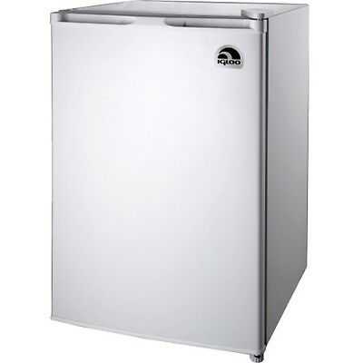 NEW Curtis FR464WHITE Refrigerator/Freezer Igloo 4.6 Cu Ft Fridge White