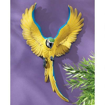 COLORFUL TROPICAL FLYING 3D MACAW PARROT WALL STATUE Unique Sculpture Paradise
