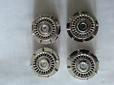 1:18 Diecast Police MOTORMAX SILVER TYPE RIMS FORD CROWN VICTORIA (SET OF 4)