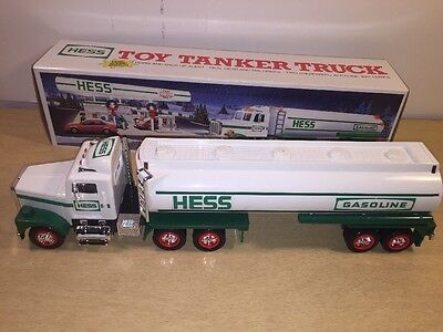 1990 Hess Collectable Toy Tanker Truck