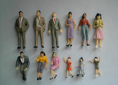 12  Painted  model people,Scale 1:24,Figure