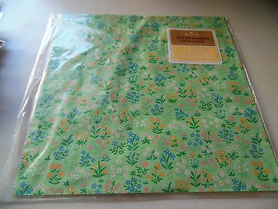 NEW Hallmark VINTAGE Gift Wrap Wrapping Paper Green Floral Fields