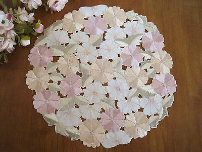 Coming Again!! Beautiful Pink Daisy Flower Embroidery Cutwork Doily M