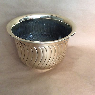 Vintage Design Solid Brass Jardiniere Planter Flower Pot Holder