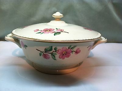 Antique Homer Laughlin Covered Casserole Dish  Pink Flowers Gold Trim D48N6