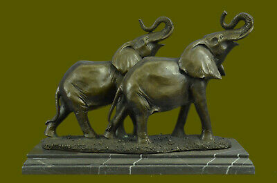 Statue Sculpture Elephant Animalier Style Art Deco Bronze massif Signed Figurine