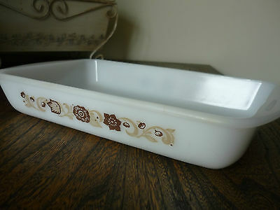 Vintage Glasbake 1 1/2 QT. Casserole - J2024 - 77 White with Brown Flowers