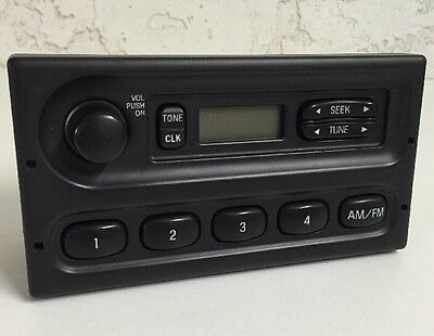 OEM 99 00 01 02 Ford F8RP-18K810-AF E150 E20 E350 AM/FM Radio Player Car Stereo