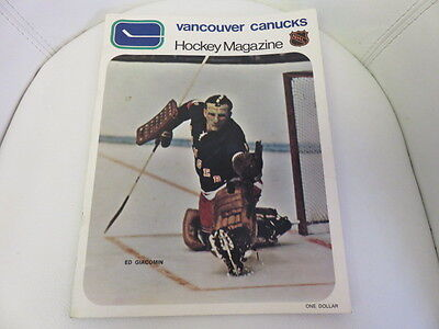 1971 NHL Vancouver Canucks Hockey Magazine