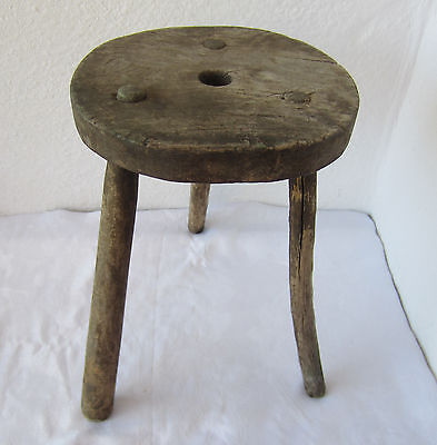 "۞14""  19thC ANTIQUE primitive WOODEN three LEGGED MILKING STOOL chair tripod"
