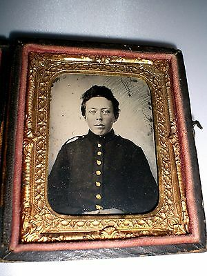 Civil War Boy Union Soldier Tintype In Gutta Percha Case