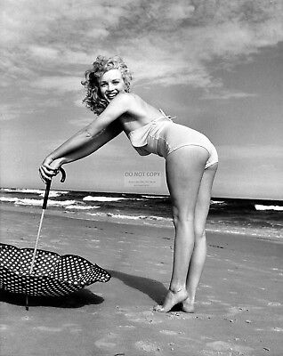 Marilyn Monroe Iconic Sex-Symbol Actress - 8X10 Publicity Photo (Zz-638)