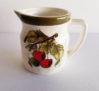 That 70's Show Tv Show Props Kitty Formans Ceramic Cherries Small Pitcher