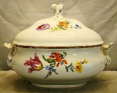 Large Elegant Antique Meissen Hand Painted Botanical Covered Tureen 19th c