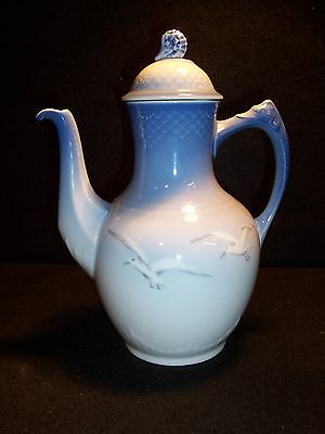 """VINTAGE BING & GRONDAHL DENMARK BLUE COFFEE POT with SEAGULLS ~ 9"""" EXCELLENT"""