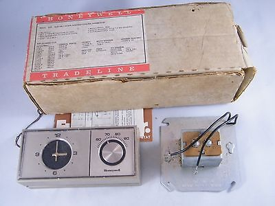 New Honeywell Tradeline 24V Electric Clock Heat / Cool Thermostat # T882A 1047