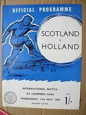 1966 International Match- SCOTLAND v HOLLAND, 11 May (Org*, VG)
