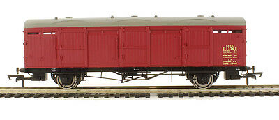 R6683A Hornby 00 Gauge BR (LNER) Extra Long CCT Van 'E 1326 E' New and Boxed