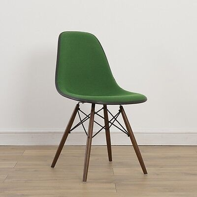1 x Herman Miller Vintage Original Eames Green White Fiberglass Chair DSW Base
