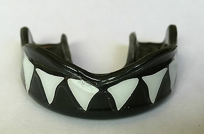 Mouthguard Gum shield EXCLUSIVE DESIGN MMA Boxing Football Rugby MADE IN USA