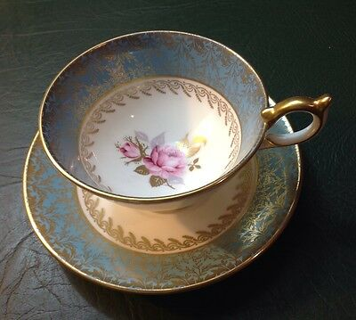 Aynsley Red Rose Collectors Series Tea Cup And Saucer In Turquoise