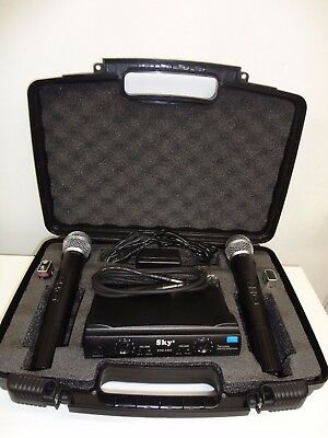 PROFESSIONAL WIRELESS DUAL MICROPHONE SYSTEM UHF WITH NEW frequency ranges