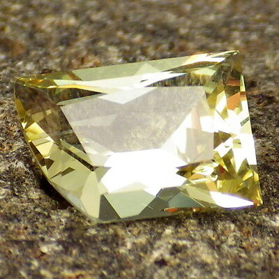 APATITE-MEXICO 1.61Ct FLAWLESS-YELLOW GREEN COLOR-FOR JEWELRY-GERMAN CUT