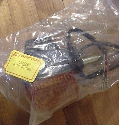Nos Honda Indicator Turn Signal Light Assembly Amber 11-2155