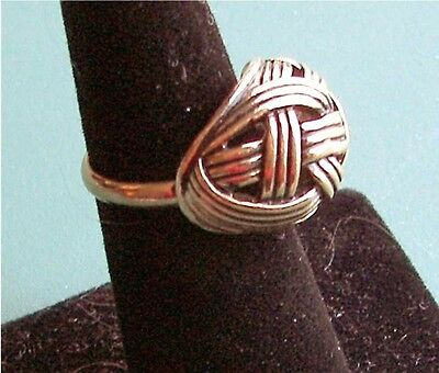 """Gold Tone """"GOLDEN WEAVE"""" Ring - Sarah Coventry Jewelry - Sara Cov - Vtg"""