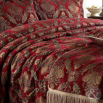 Luxury Jacquard Red Chenille Throw 130x170cm - Gold Burgundy Vintage Throw Over