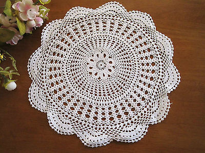 Vintage Style Skilful Fine Yarn Hand Crochet White Cotton Doily CL
