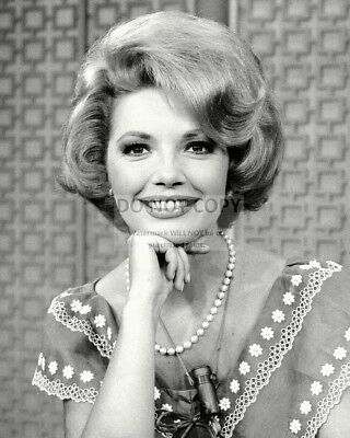 Actress Ruta Lee In 1972 - 8X10 Publicity Photo (Zy-276)