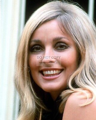 Actress Sharon Tate - 8X10 Publicity Photo (Zy-280)