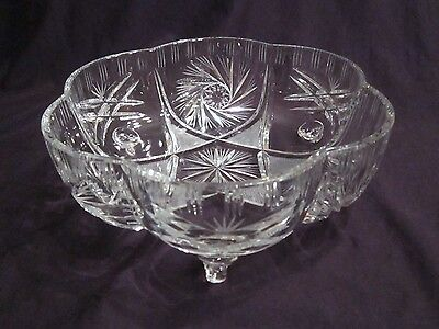 Sparkling Vintage Footed Pinwheel Lead Crystal Bowl - 8.2 inches wide