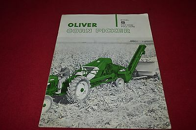 Oliver Tractor 5 Corn Picker Dealers Brochure DCPA6