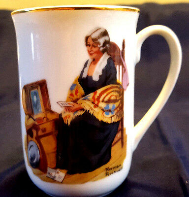 """1982 Norman Rockwell Vintage Cup Mug """"Memories"""" (Authenticity Seal)"""