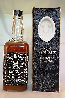 Jack Daniel's 1967 Cameo Bottle Tennessee Whiskey 757ml Very Rare