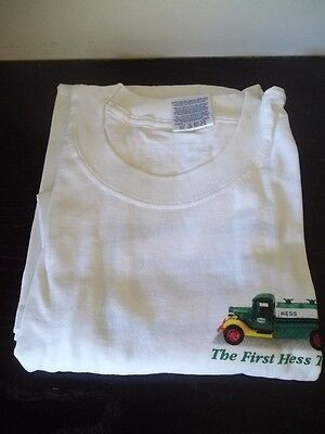 The First Hess Toy Truck Green Logo On Back White Cotton T-Shirt Tee Sz Xl