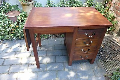 Vintage Cookes of Finsbury Desk (251e)