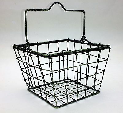 "Country Primitive Farmhouse Style 5"" Wire BERRY BASKET with Handle"