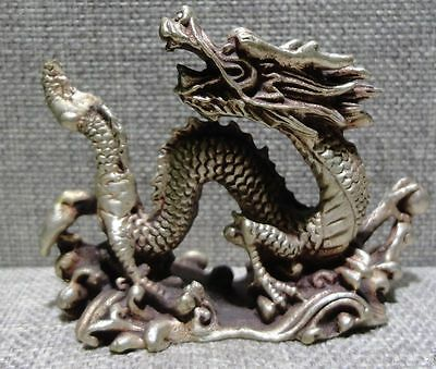 Chinese old bronze dragon statue